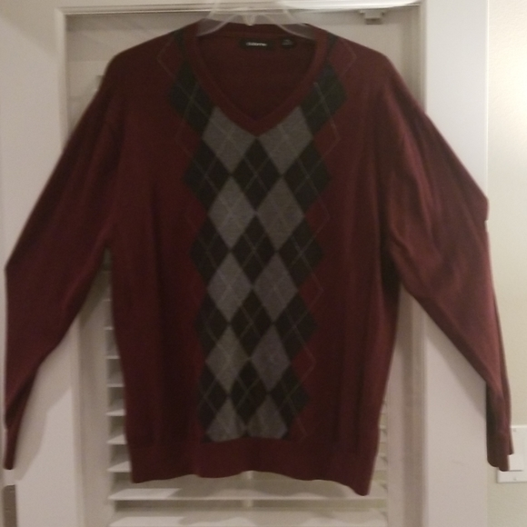 Claiborne Other - Claiborne Vneck Argyle Sweater XXL
